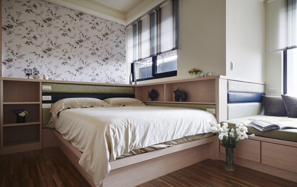 时尚现代卧室原木床设计