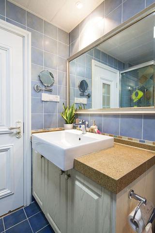 蓝色清新美式田园卫生间装饰欣赏图