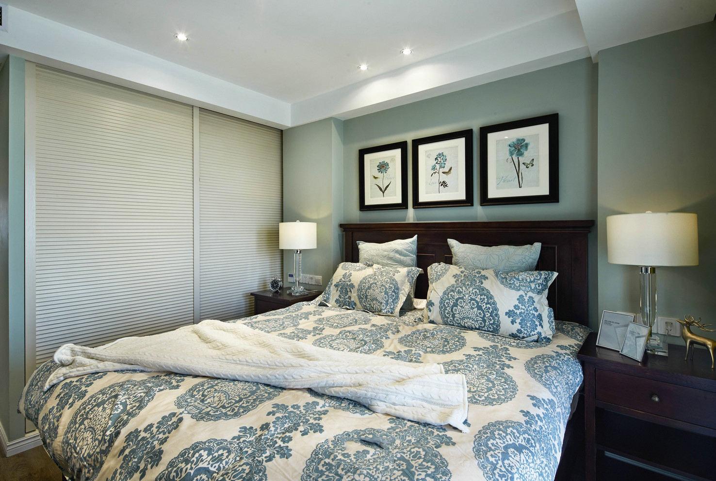 清新薄荷绿美式卧室装饰画效果图