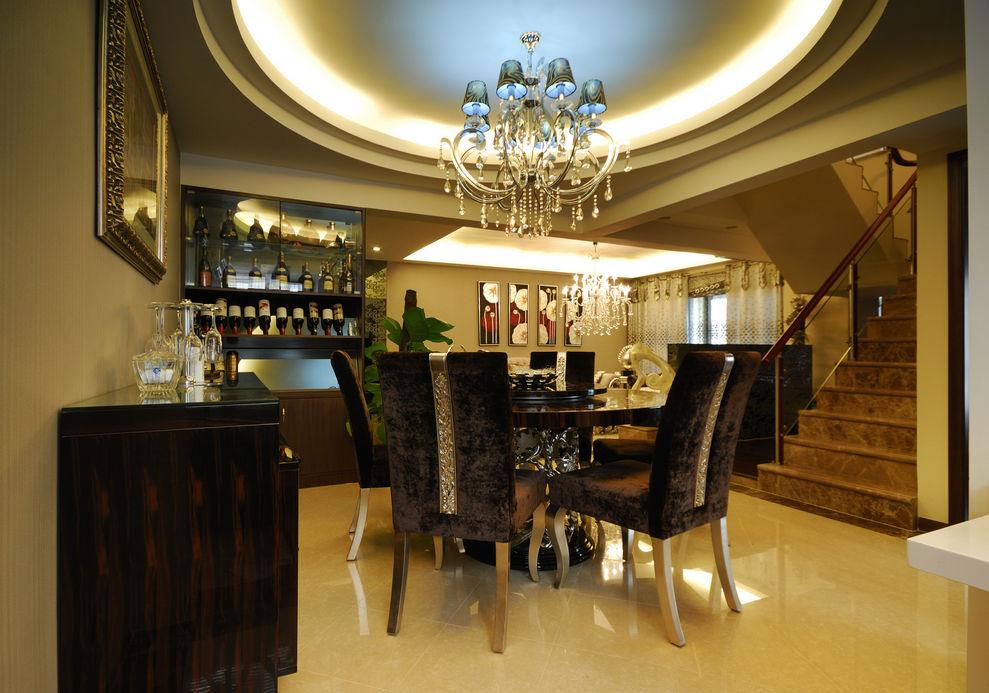 大气新古典主义风格餐厅酒柜设计