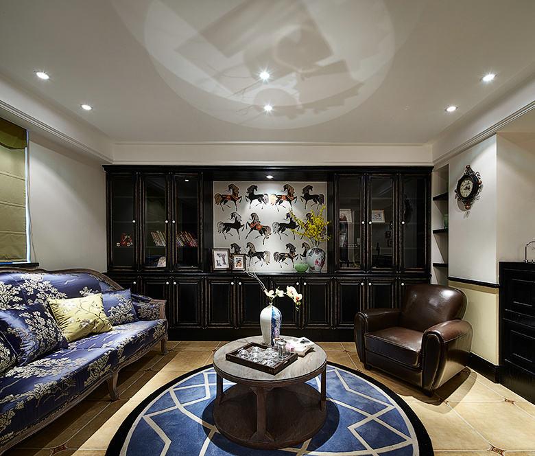 欧式新古典客厅博古架设计