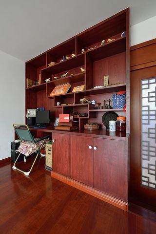 简约新中式书房红木展示柜装潢设计
