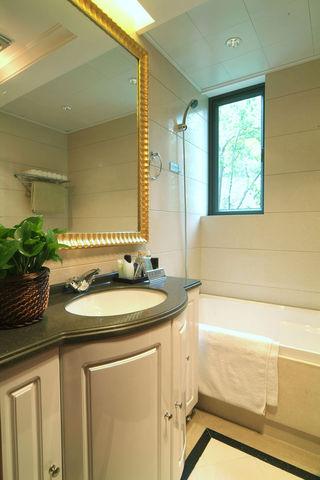 精致复古简约风卫生间装饰设计