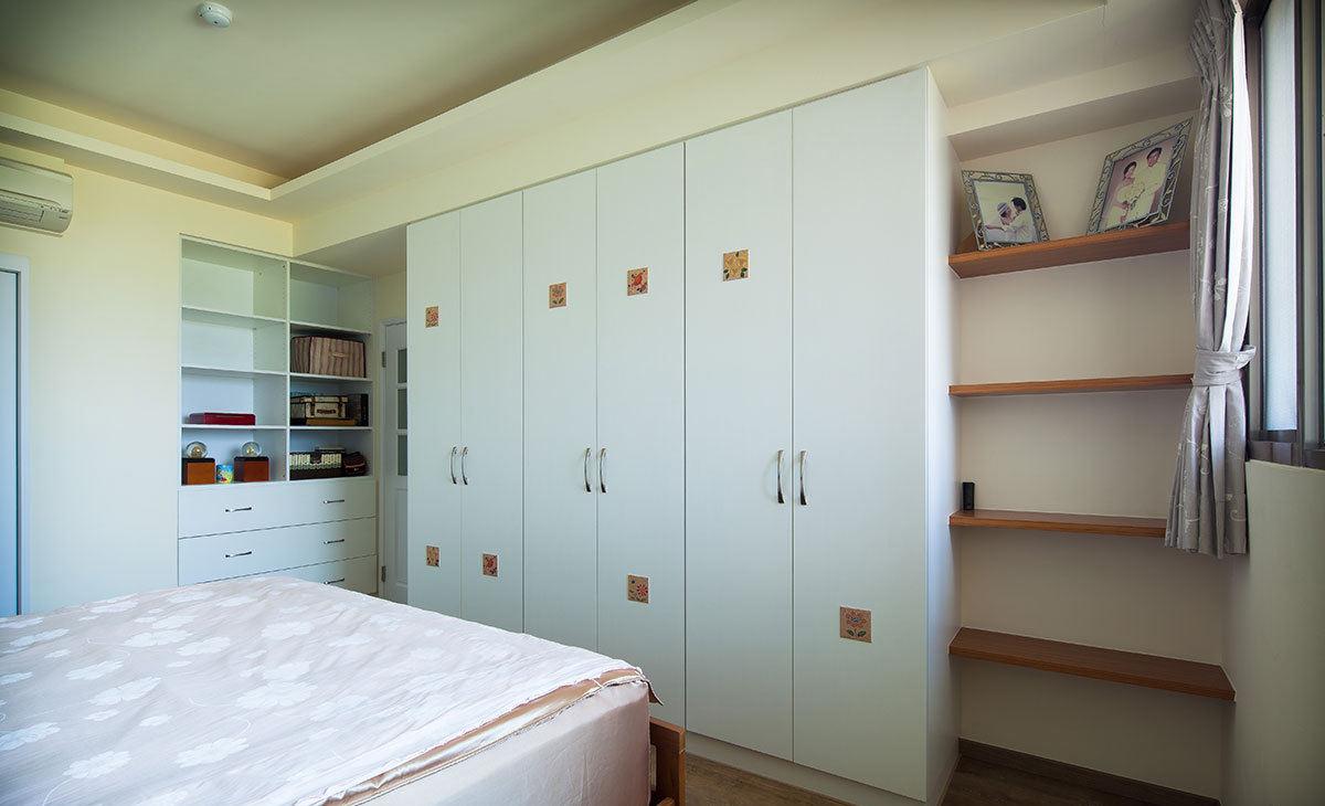 纯净北欧风格卧室衣柜装饰效果图