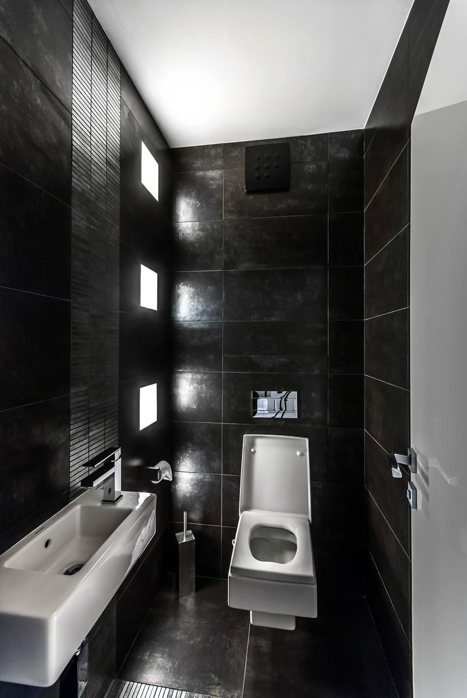 时尚现代黑色系公寓卫生间背景墙设计