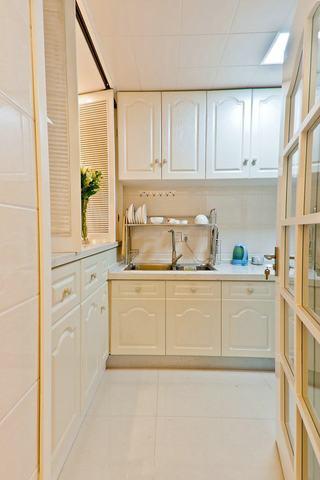白色北欧宜家厨房橱柜装饰效果图