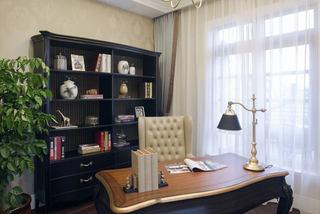 欧式风格书房台灯装饰图