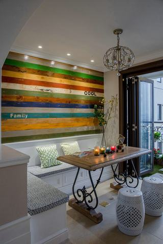 美式田园风卡座餐厅 彩色背景墙设计