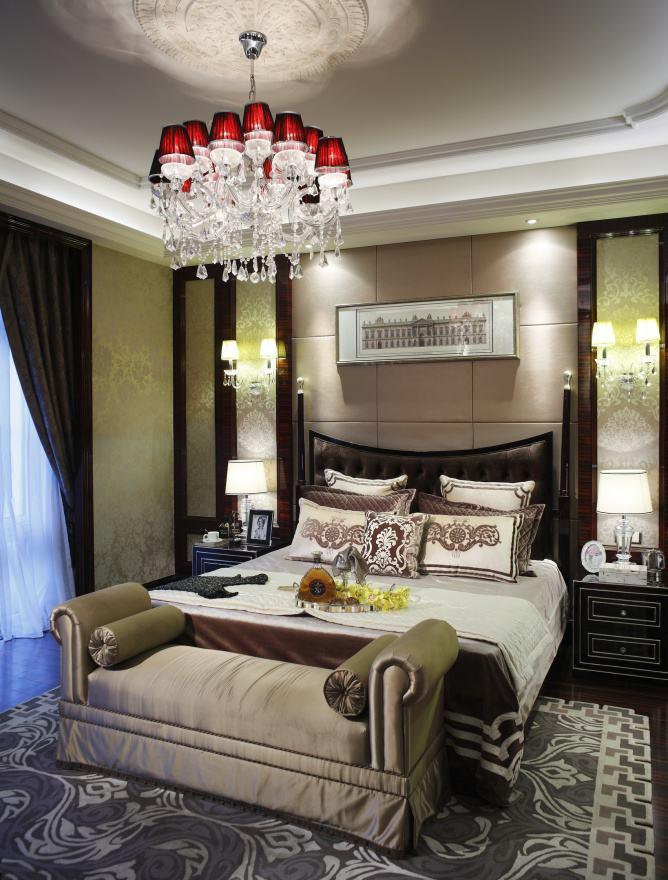 贵气豪华美式卧室软装设计