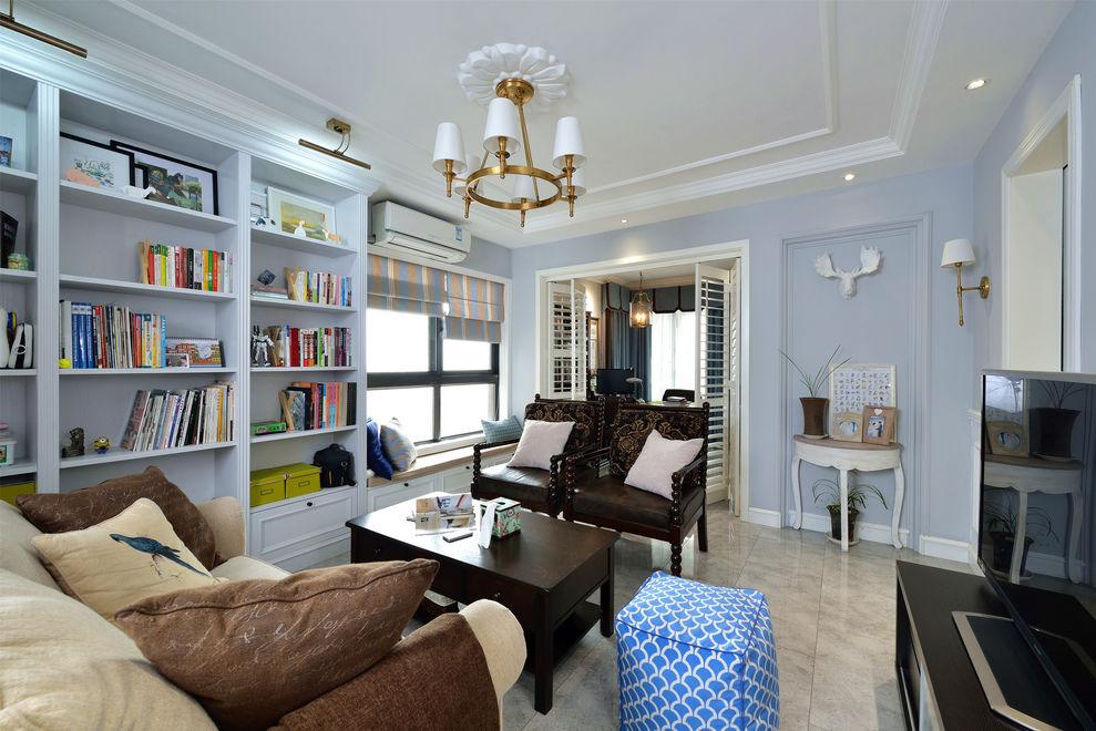 精美浪漫浅蓝色美式客厅整体书柜设计