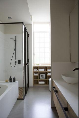 文艺复古简约主义卫生间淋浴房隔断设计