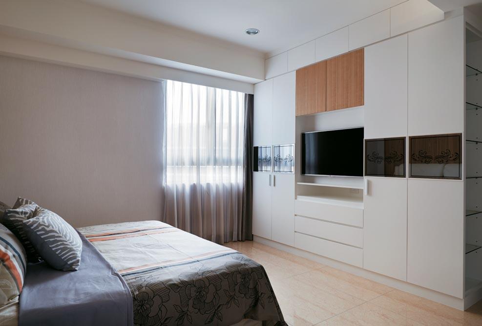 时尚现代设计 卧室电视衣柜一体式