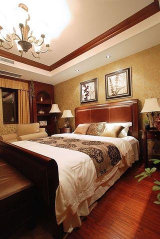 温馨浪漫复古美式卧室背景墙装饰