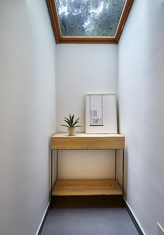 日式风格家居玄关柜子布置效果图