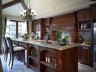 豪华实木复古美式设计吧台效果图