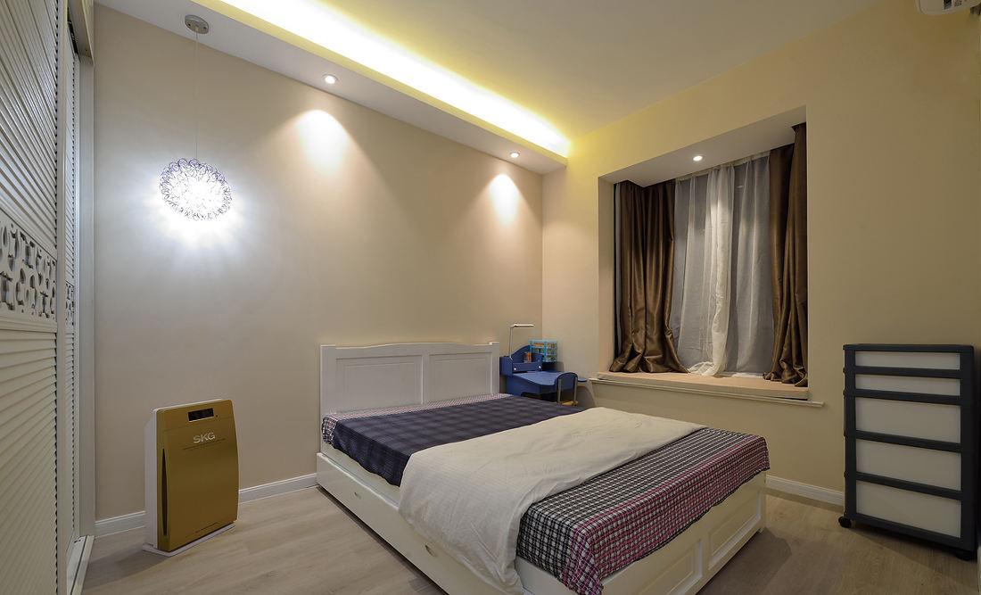 简洁现代卧室飘窗窗帘搭配效果图