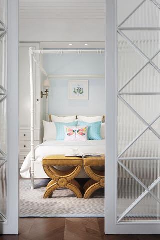 精致大方美式卧室推拉隔断门效果图