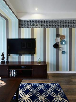 清爽美式客厅竖条纹电视背景墙设计