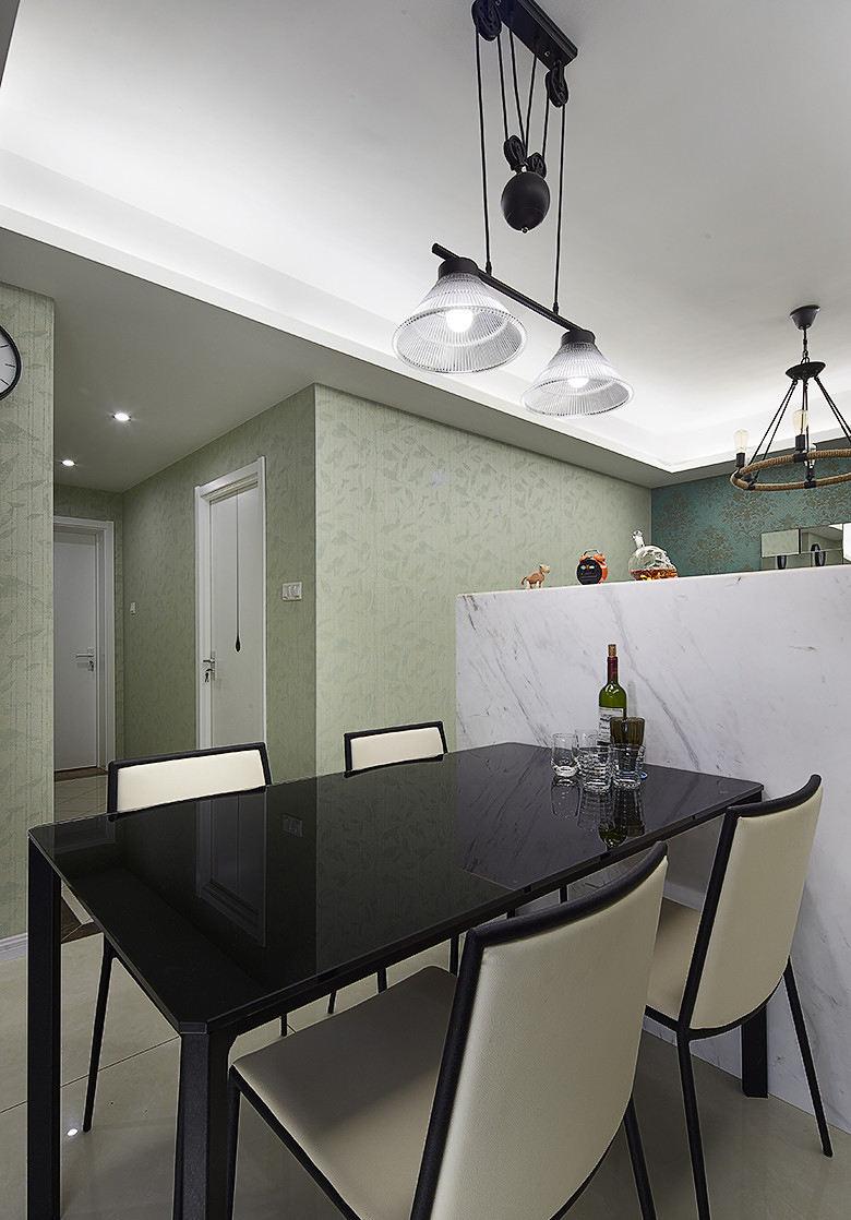最新潮流设计现代小户型餐厅黑色大理石餐桌图片