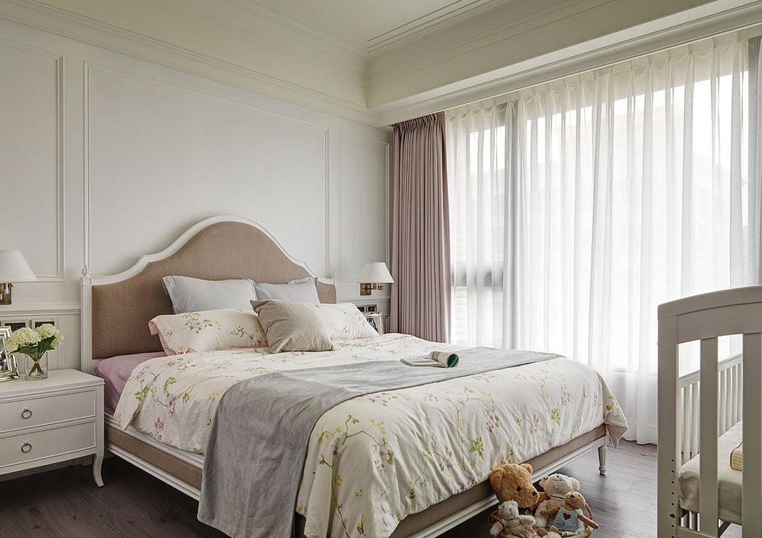 素雅美式设计卧室窗帘效果图