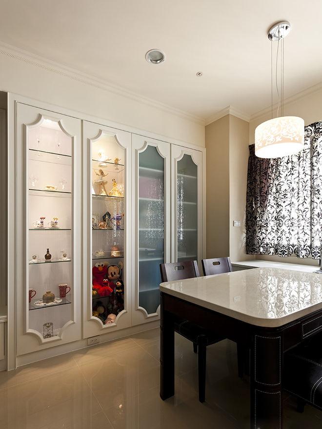时尚简约现代风餐厅展示柜设计