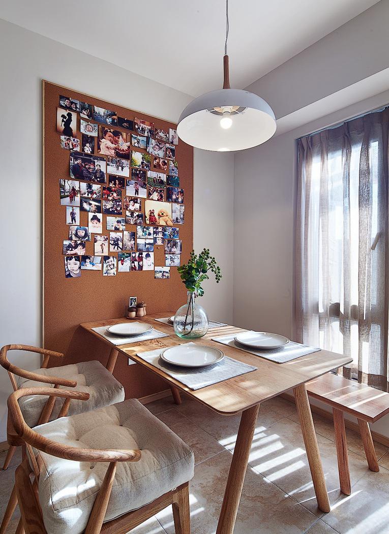 简约原木风餐厅相片墙设计