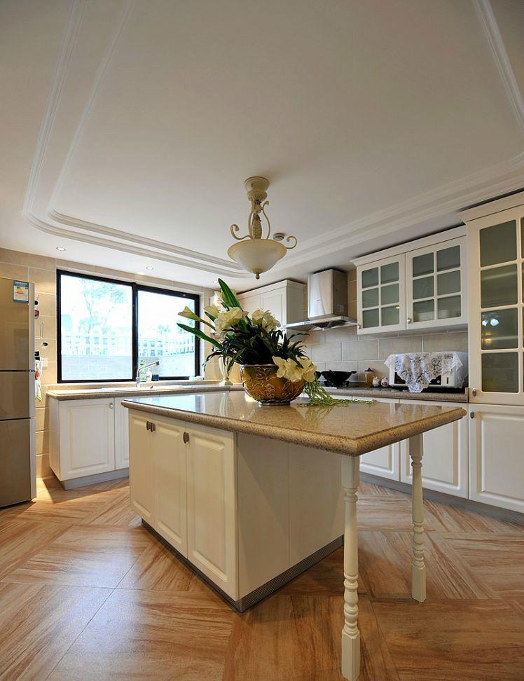 精美时尚简欧风格厨房吧台装潢效果图