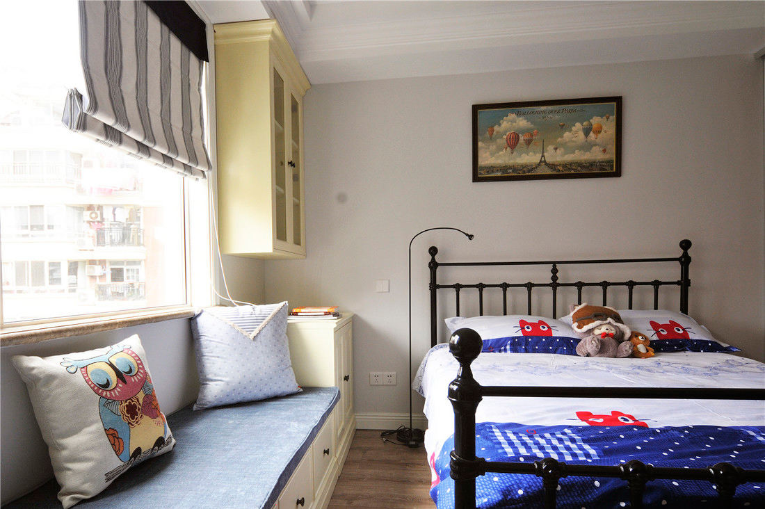 舒适简美式儿童房带榻榻米装修效果图