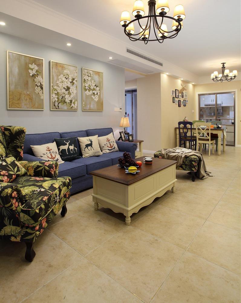 悠闲美式风格三居室内装潢案例图