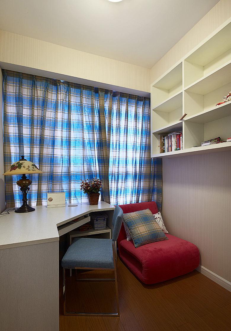 超简洁简约小户型书房装修样板间