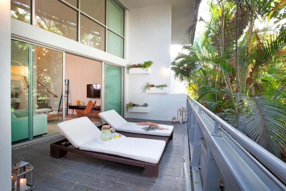 开放式公寓阳台东南亚风格躺椅