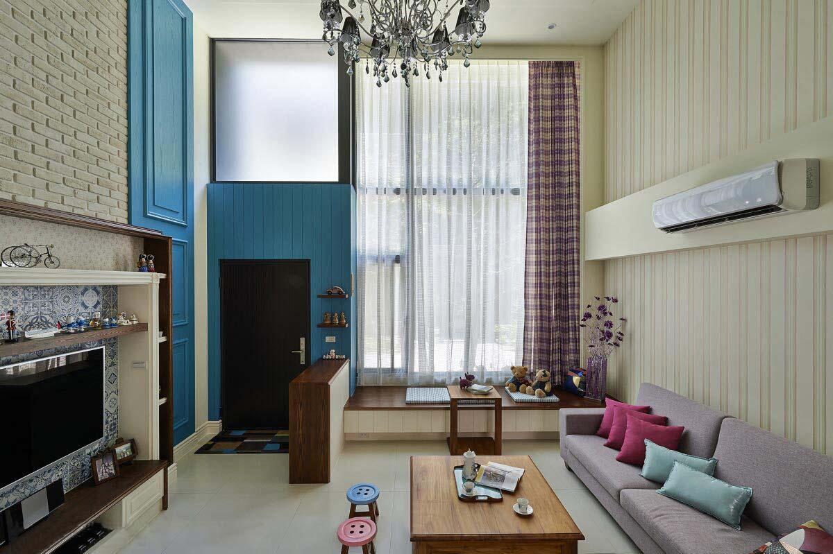 乡村地中海田园设计挑高客厅窗帘效果图