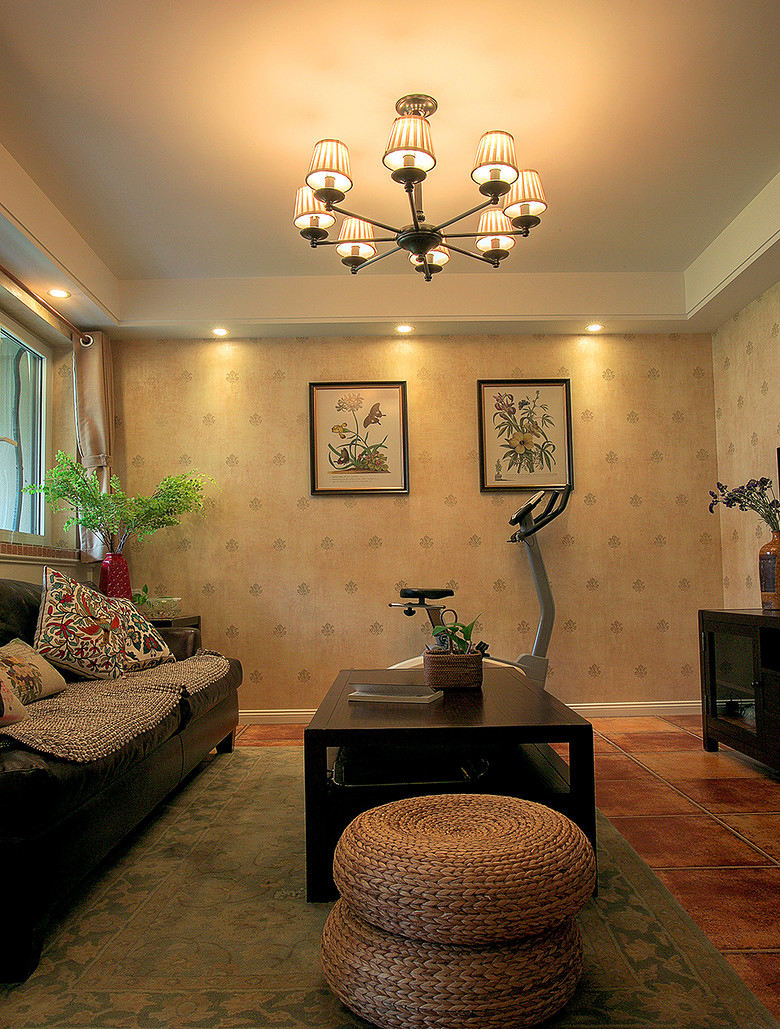 温馨复古田园客厅背景墙设计效果图