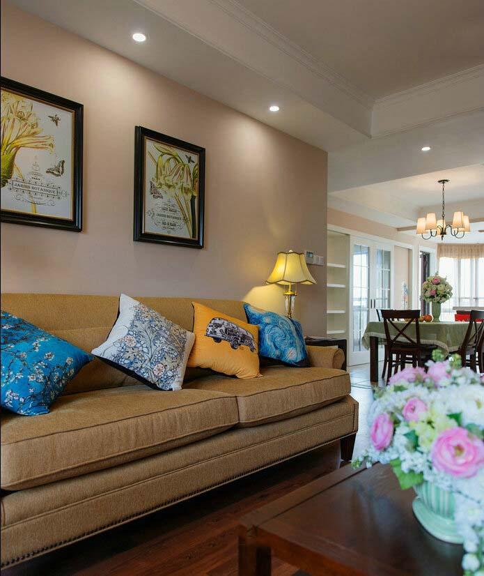 简约美式田园风客厅裸色沙发背景墙效果图