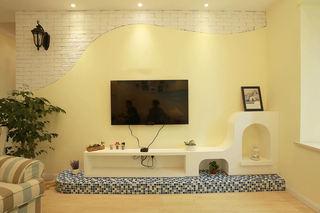 清新浅黄色地中海客厅电视背景墙效果图