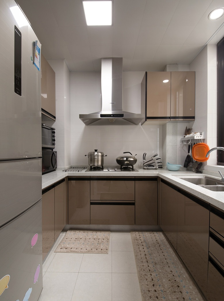 浅咖啡色现代厨房装饰效果图