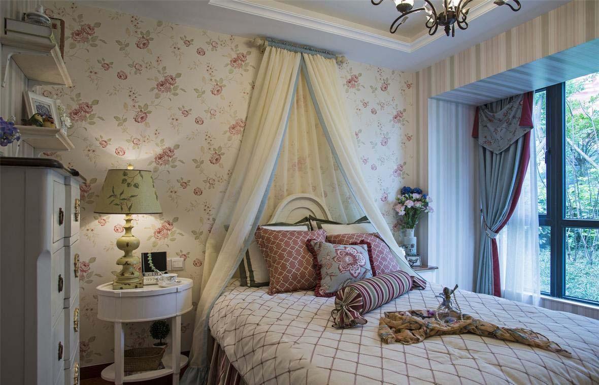 唯美田园风格卧室床头帷幔装饰效果图