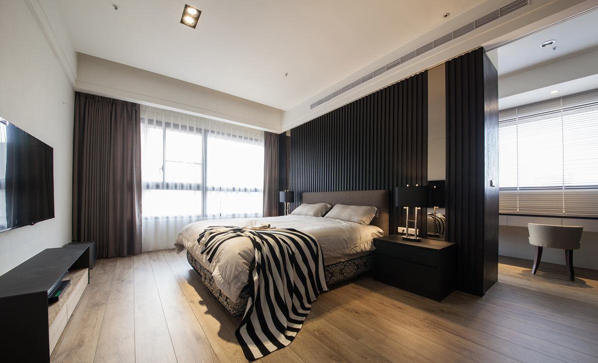 时尚现代风卧室黑色床头隔断装修效果图
