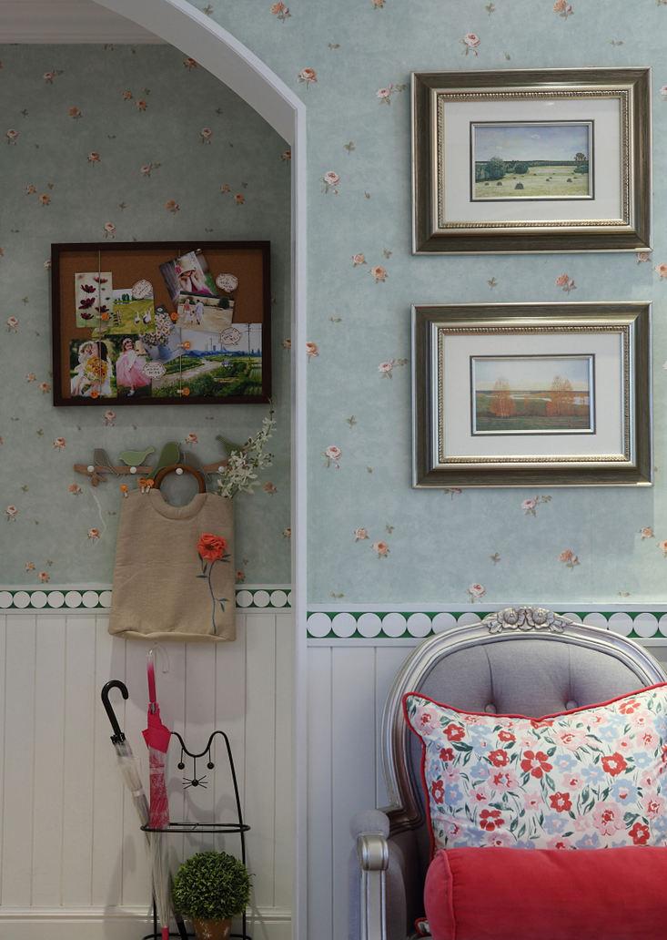 清新田园风格相片墙壁纸装饰效果图
