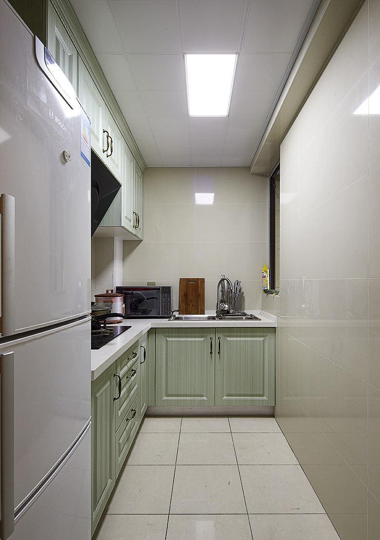 简约小户型整体厨房装修效果图