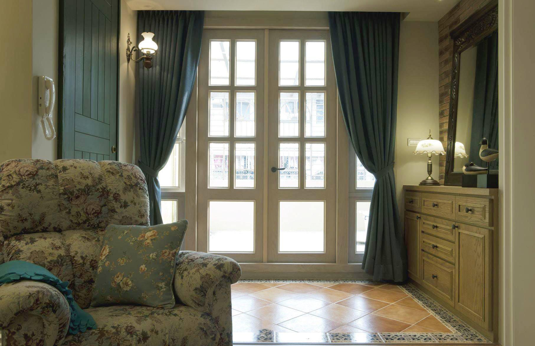 韩式简约田园风客厅蓝色窗帘效果图