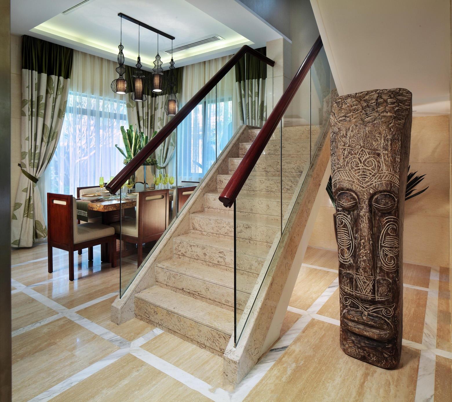 精致大气东南亚家居楼梯软装效果图