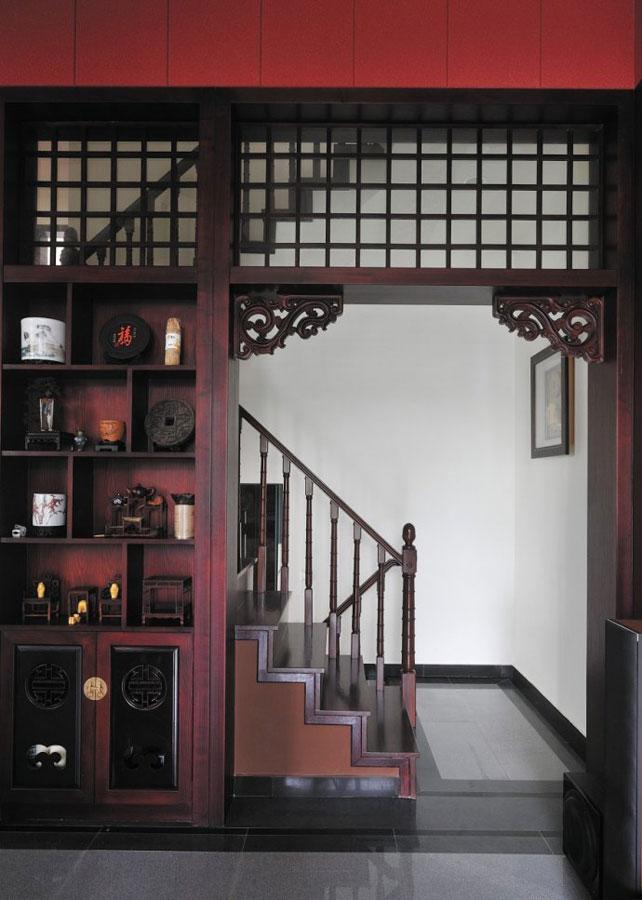 古香古色中式转角楼梯博古架效果图