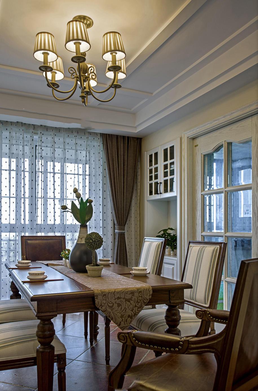 美式复古风餐厅实木餐桌效果图