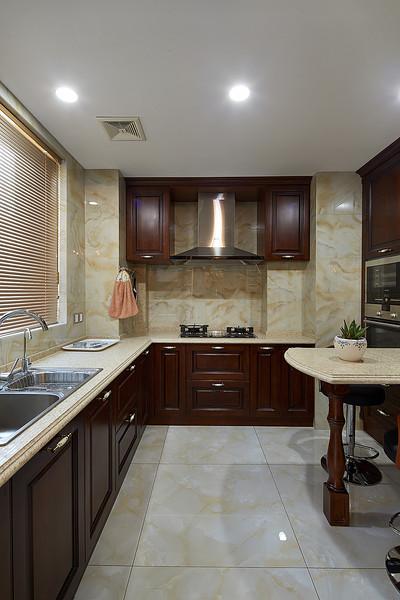 古典美式风格厨房石膏板吊顶设计图