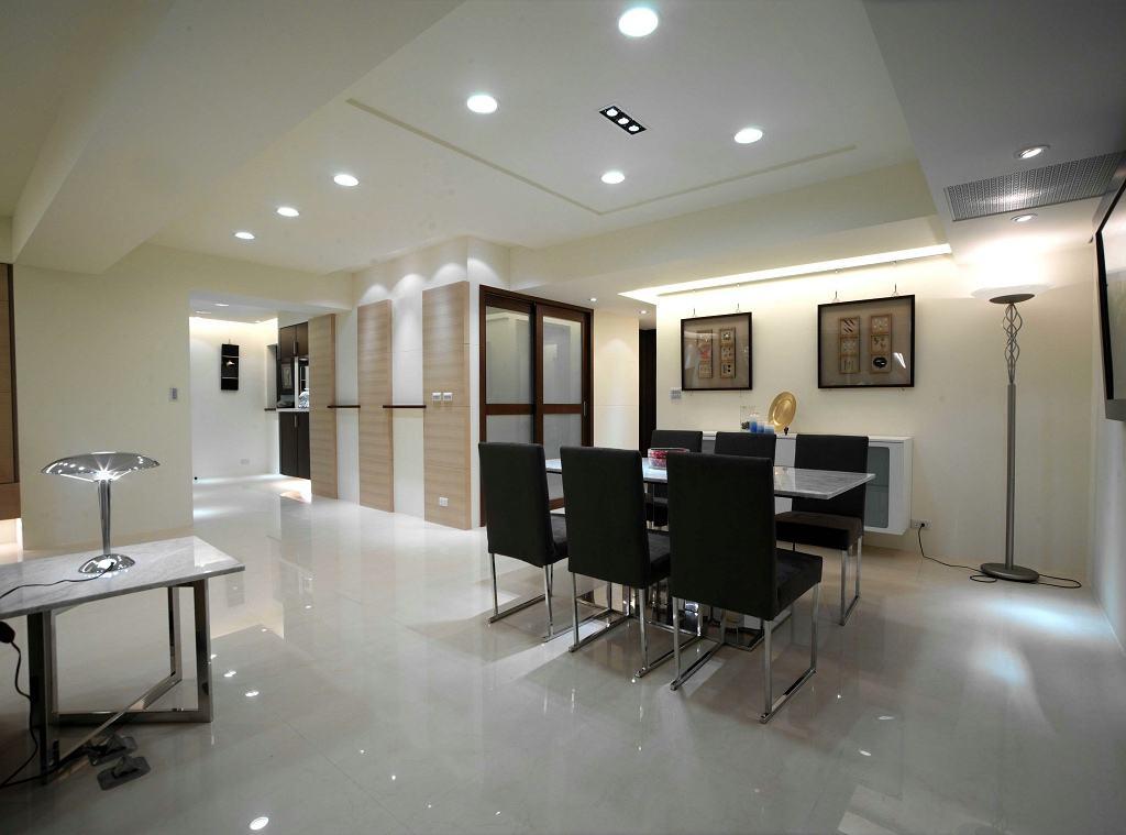 现代设计风格餐厅六人桌布置效果图