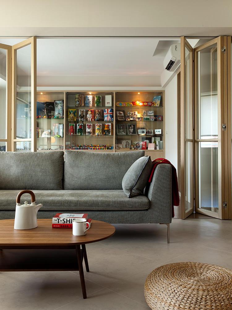 简约创意现代风格客厅折叠门隔断设计装修图