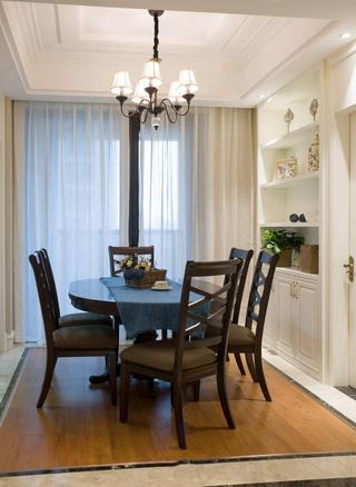 美式装修餐厅六人圆桌效果图