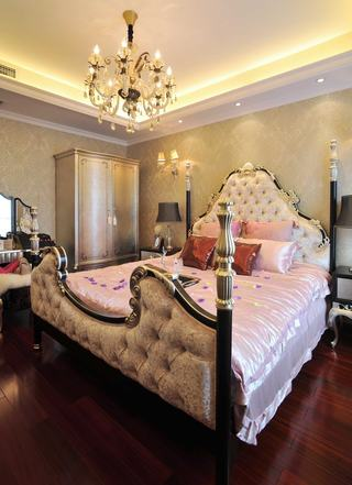 浪漫欧式新古典卧室吊顶效果图