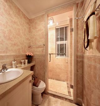 粉色唯美田园卫生间防水壁纸装修效果图